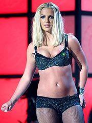 <em>American Idol</em> Judges Offer to Help Britney Spears