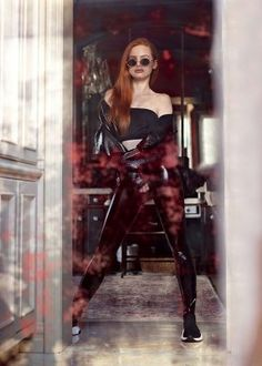 Madelaine Petsch: Prive Revaux x Madelaine Collection 2018 adds Madelaine Petsch, Cheryl Blossom Riverdale, Riverdale Cheryl, Riverdale Netflix, Riverdale Cast, Vanessa Morgan, Beautiful Celebrities, Beautiful People, Leder Outfits