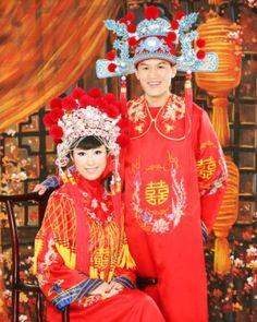 А вы знали, что китайскую свадьбу гуляют всего 2 часа? :)
