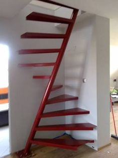 Inventive Staircase Design Tips for the Home – Voyage Afield Small Space Staircase, Space Saving Staircase, Spiral Staircase, Home Stairs Design, Railing Design, Interior Stairs, Tiny House Stairs, Loft Stairs, Attic Renovation