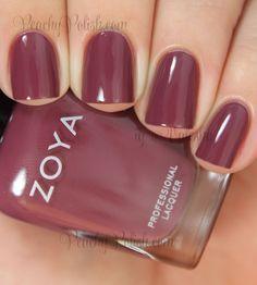 Zoya Aubrey | Naturel Deux Collection | Peachy Polish