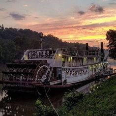 The W.P. Snyder at sunset, along the banks of the Muskingum River  Beautifully captured by @cabindreamer76! We love seeing your photos across the Mid-Ohio Valley, use #livelovemov to share! #livelovemov #mariettaohio #mymarietta #midohiovalley #myohioadventure #ohioexplored #ohiogram #sunset #visitmariettaoh