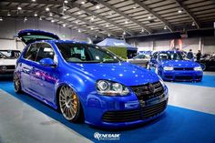 VW Golf Mk5 R32 two door stance slammed lowered on OZ