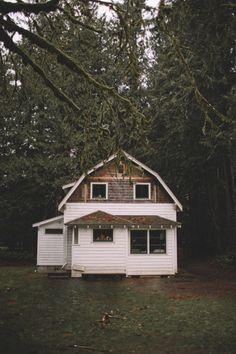 Oregonhome — kodiakstag: A lake cabin to call home.
