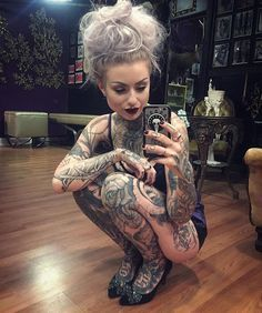 Ryan Ashley Malarkey won season eight of 'Ink Master' and shares her story with us. Along with some super sexy photos and her tattoos. Ryan Ashley Malarkey, Badass Tattoos, Hot Tattoos, Body Art Tattoos, Tattoo Ink, Flower Tattoos, Sleeve Tattoos, Ink Master Tattoos, Movie Tattoos