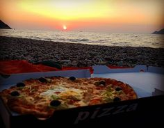 #Sunset #pizza #beach #corse #life #porto best pizza ever