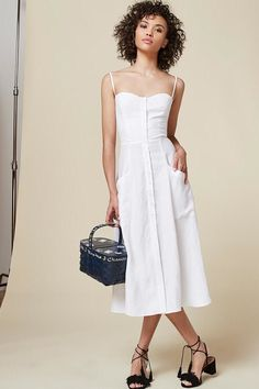 Malia Obama Wears a Reformation White Dress in Martha's Vineyard | Teen Vogue
