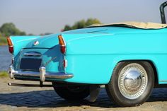 Škoda Felicia, year Colour radiant blue/green with a matching two tone interior. Inspired by the American cars of the Rock and roll period. This Felicia shows all original … Felicia, Antique Cars, Vehicles, Europe, Vintage Cars, Car, Vehicle, Tools
