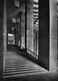 Giustizia Fascista: The Representation of Fascist Justice in Marcello Piacentini's Palace of Justice, Milan, 1932–1940. http://jsah.ucpress.edu/content/73/3/312.