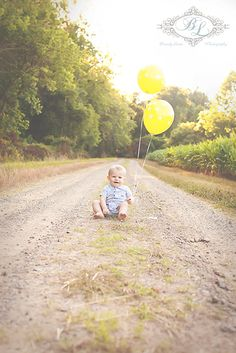 1st birthday, balloons, baby boy, outdoors