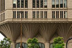 Daido Life Insurance Company Head Office Building (大同生命大阪本社ビル) / W.M.Vories & Company Architects Ichiryusha and Nikken Sekkei (設計:一粒社ヴォーリズ建築事務所、日建設計)