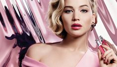 Discover Dior Addict Ultra-Gloss by Christian Dior available in Dior official online store. Videos, Sensational Mirror Shine, Hydra-Plumping Volume tutorials and beauty tips on Dior website.