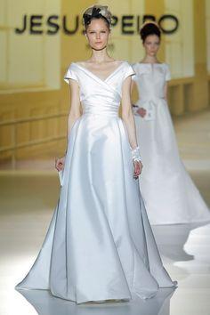 Jesús Peiró spring 2014 wedding dresses gallery