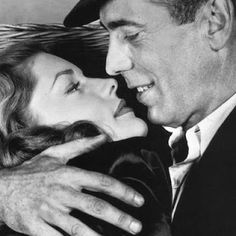 HUMPREY BOGART & LAUREN BACALL  ONE OF THE MOS FAMOUS COUPLE OF HOLLYWOOD