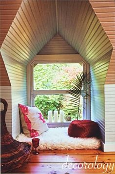 reading nooks in every room!