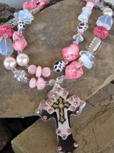 PiNk TuRqUoIse CoWgIrL CrOsS WeStErN NeCkLaCe...
