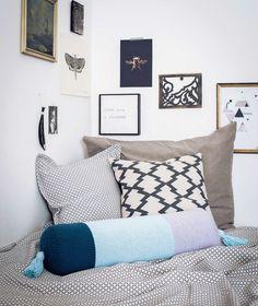 WEIHNACHTSGESCHENKE DIY – TEIL 2 Coole Ideen fürs Zuhause ► Nackenrolle aus Strick ► Teppich aus Filzwolle ► Porzellan-Malerei ► Teemütze