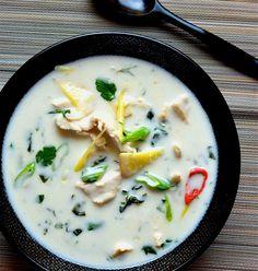 Soupe Tom Kha kai revisitée | Popote et Fleur de Sel - Recettes faciles et stylisme culinaire