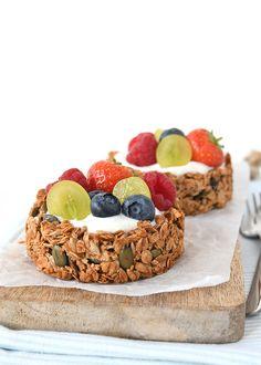 Granola ontbijttaartjes met fruit - Laura's Bakery