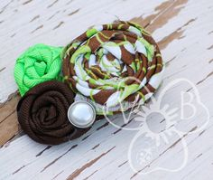 Key Lime Chocolate triple rosette hair accessory by #VioletsBuds #MadMadMakers