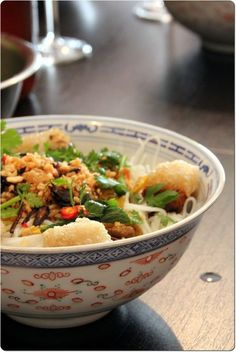Bo Bun oder der beste Speisesalat der Welt - Projets à essayer - Asiatische Rezepte Salade Bo Bun, Asian Recipes, Healthy Recipes, Salty Foods, Exotic Food, Asian Cooking, I Foods, Food Inspiration, Love Food