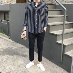 Style Korean Fashion Men 29 New Ideas Korean Fashion Men, Kpop Fashion, Mens Fashion, Fashion Outfits, Korean Men, Fashion Fall, Style Fashion, Fasion, Ulzzang Fashion