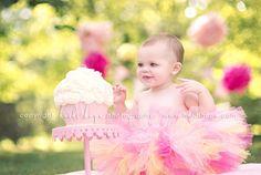Baby K turns 1 year old! Rhode Island first birthday cake smash photographer. | Heidi Hope Photography