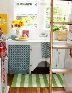 狭いキッチン実例