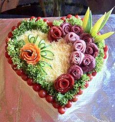 107 Ideas To Spark Your Sandwich Cake decoration Meat Trays, Food Platters, Sandwich Cake, Tea Sandwiches, Food Carving, Food Garnishes, Garnishing, Food Displays, Snacks Für Party