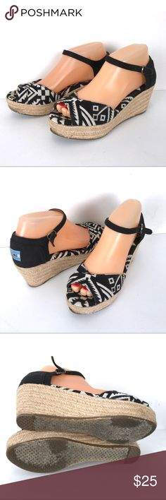 2869ab9c1 Toms shoes 6.5 wedges Toms shoes. Sz 6.5. Very good condition. Toms Shoes  Platforms