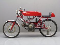 Motom 1962 racer 98cc 1 cyl ohc Motom Italiana S.p.A. manufactured motorcycles and mopeds in Milano, Italy, from 1945 to 1971.  Motom's first day of their launch was at the Geneva Motor Show in 1947.  via Yesterday's