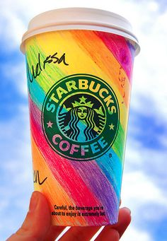 colorful coffee cup~Recycled Starbucks Cups~Just wash and color :) Copo Starbucks, Starbucks Art, Bebidas Do Starbucks, Starbucks Drinks, Starbucks Coffee, Starbucks Birthday, I Love Coffee, Hot Coffee, Coffee Cups