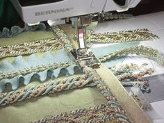 Made to Create Pillow Featuring Zipper Foot with Guide and Double-Cording Foot Sewing Hacks, Sewing Ideas, Fun Projects, Sewing Projects, Bernina Usa, Memory Pillows, Pillow Ideas, Dyi Crafts, Sewing Pillows