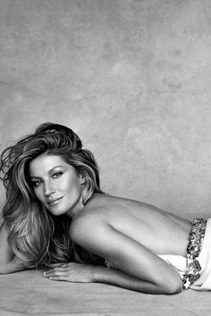 """Gisele Bündchen in """"The Power & The Glory"""" for Vogue Australia, January 2015 Photographed by: Patrick Demarchelier"""