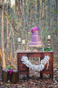 http://www.elegantwedding.ca/wedding-style/style-shoots/natural-plum-and-gold-winter-wedding-theme/