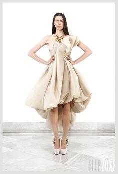 "Krikor Jabotian - Couture - ""The girl from the temple"", S/S 2012 - http://en.flip-zone.com/fashion/couture-1/independant-designers/krikor-jabotian-2553"