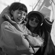 Stella Donnelly & Faye Webster Faye Webster, Frankie Cosmos, Types Of Music, Some Girls, Cardiff, Zendaya, Woman Crush, Motion Graphics, Musicians