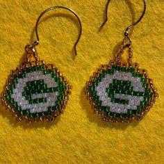 Green bay packer earrings brick stitch.