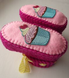 Crochet baby booties/ baby slippers with cupcakes for 3-6 month baby on Etsy, $25.00