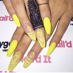 Nude and neon yellow nails