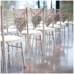 40+ Hessian Wedding Ideas - use hessian ribbon to tie up your chair backs for rustic weddings #weddingideas #hessianwedding #rusticweddingideas