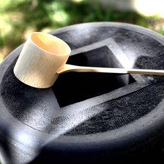 LaoLin | Olivier Lamboley | Bassin d'ablution | Grès Noir | Brut | Wabi Sabi | HandMade in France. Zen, inspiration japonaise. Céramique, ceramic.  https://www.instagram.com/laolin_design/    Photographie : Amélie Vuillon | m+nature | http://www.mplusnature.com/ | https://www.instagram.com/amelie.vuillon/