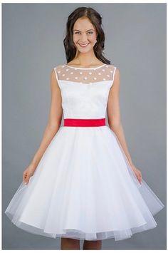 8c04a30bd56b kratke svatebni saty s puntikatym zivutkem Svatební šaty Retro šaty krajka  výstřih V výstřih kulatý tylová