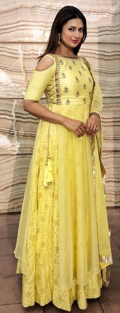 Beautiful Gorgeous Divyanka Mam - All About Latest Gown Design, Engagement Gowns, Kurti Designs Party Wear, Indian Gowns, Indian Celebrities, Mode Outfits, Linen Dresses, Indian Designer Wear, Indian Fashion