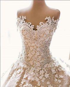 Mak Tumang. Wedding dress. So detailed and beautiful.