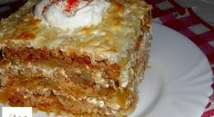 Érdekel a receptje? Kattints a képre! Slovak Recipes, Hungarian Recipes, Pork Recipes, Cake Recipes, Cooking Recipes, Hungarian Cuisine, Good Food, Yummy Food, Vegetable Casserole