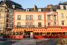 under the radar french vacation towns