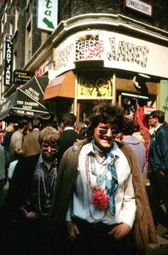Carnaby Street, 1967 I would just love to hop back in time and take a stroll there.