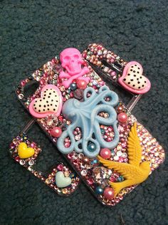 bedazzled bling iphone 4 case  so gonna make this when i get an iphone... like that is ever gonna happen