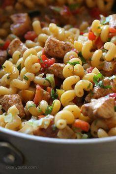One-Pot Chicken Fajita Pasta— make with spaghetti squash!